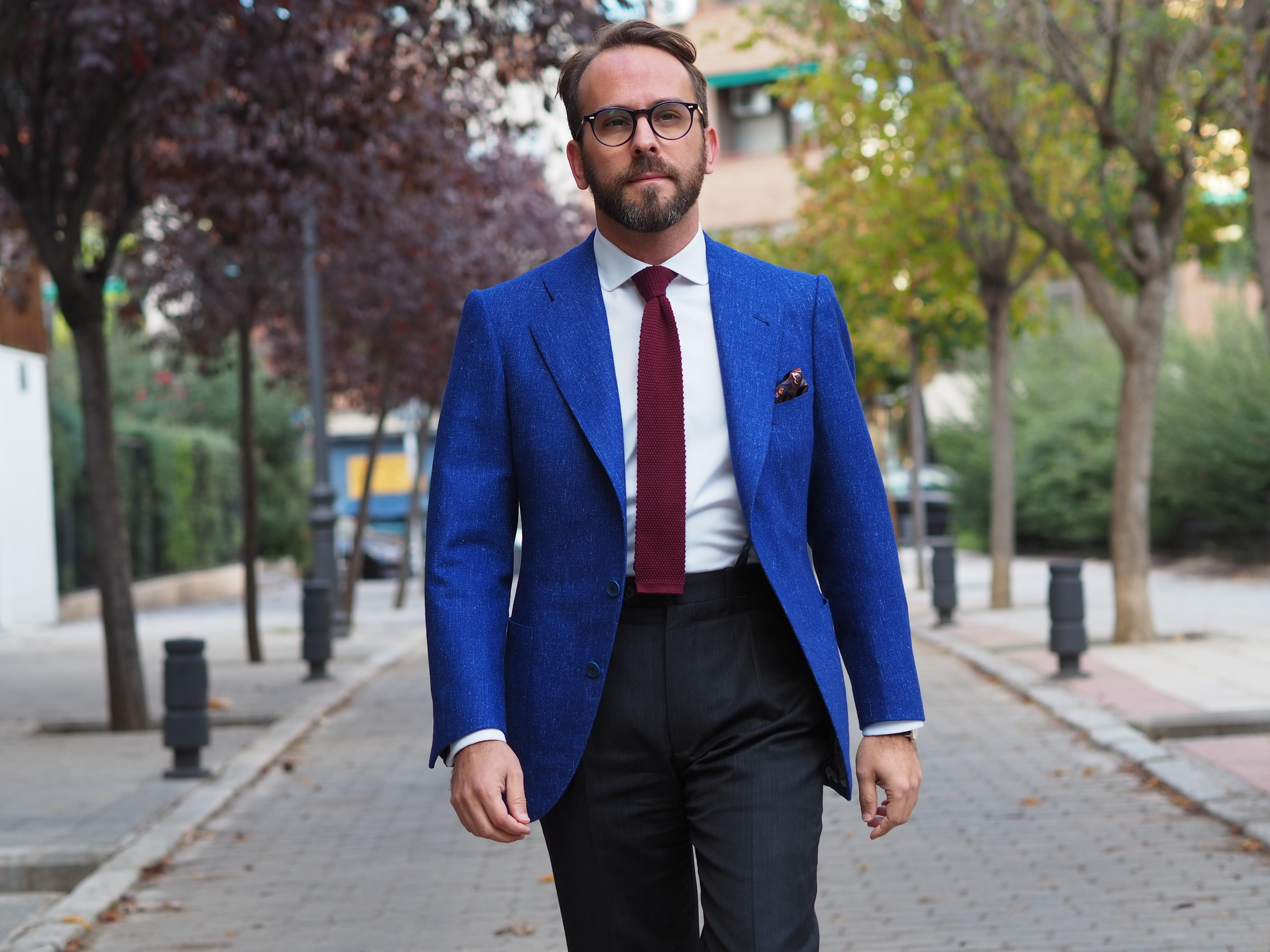 Outfit sastreria chaqueta azul